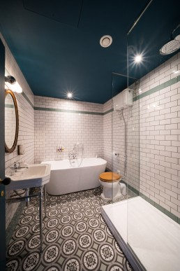 interior photographer london - bathroom subway tiles