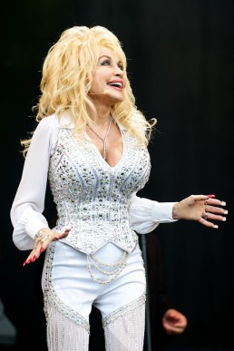 Dolly Parton Pyramid Stage Glastonbury 2014